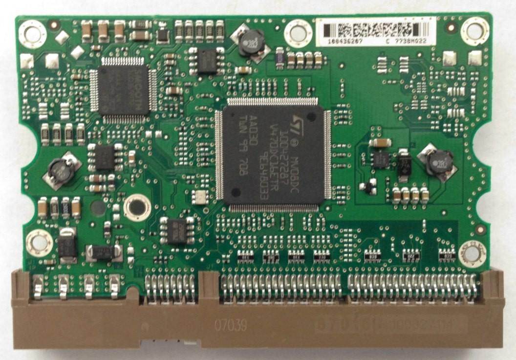 PCB STM3320620A Maxtor P/N: 9DP04G-326 F/W: 3.AAE 320GB 100436207