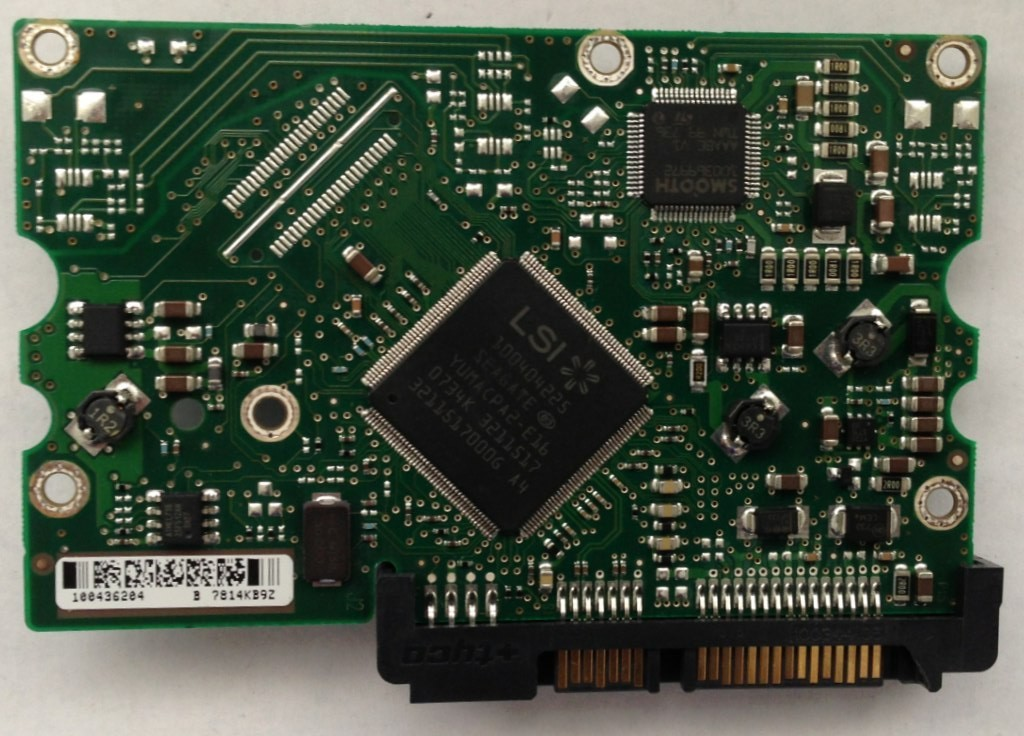 PCB STM3320620AS Maxtor P/N: 9DP14G-326 F/W: 3.AAE 320GB 100436204